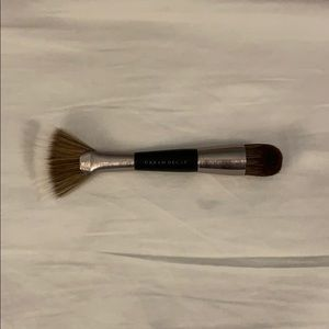 Urban Decay shapeshifter double ended brush